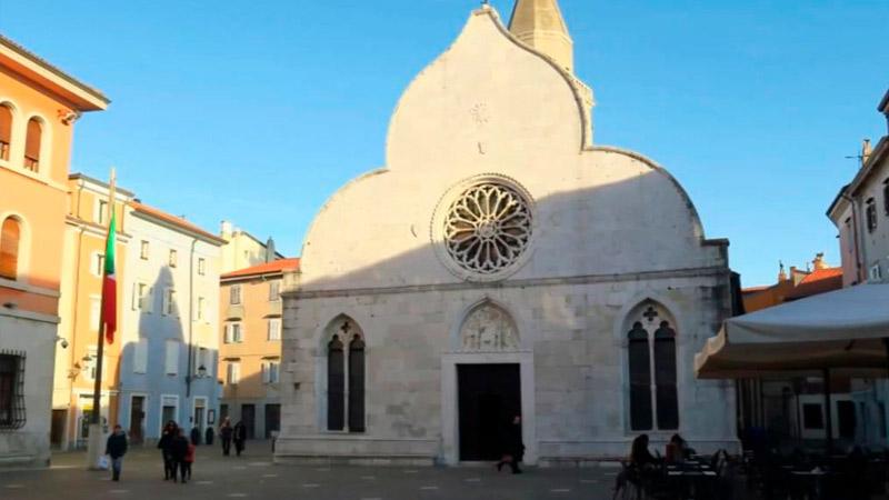 Муджия, Италия