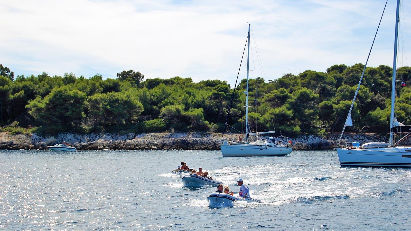 Отдых на яхте во Франции